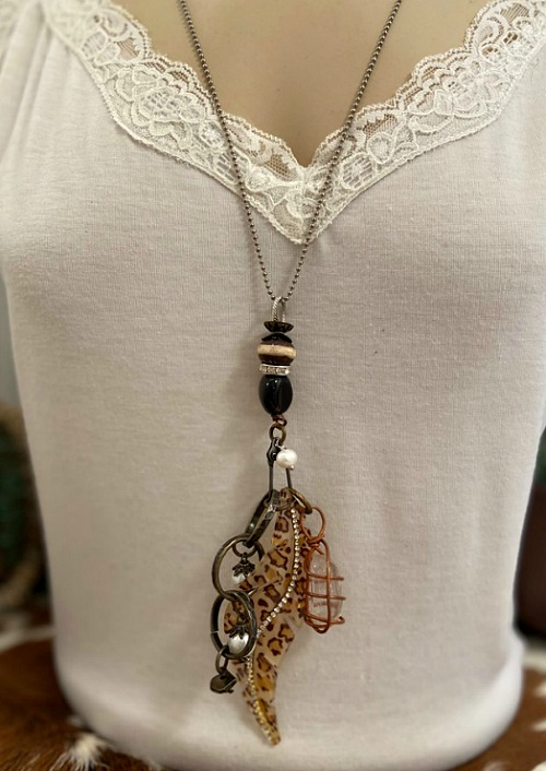 Howahkan - Boho Western Glam Necklace  (Click here for details)